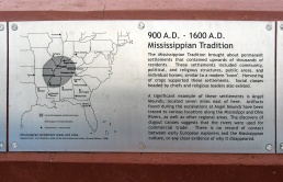 900 CE Mississipian peoples