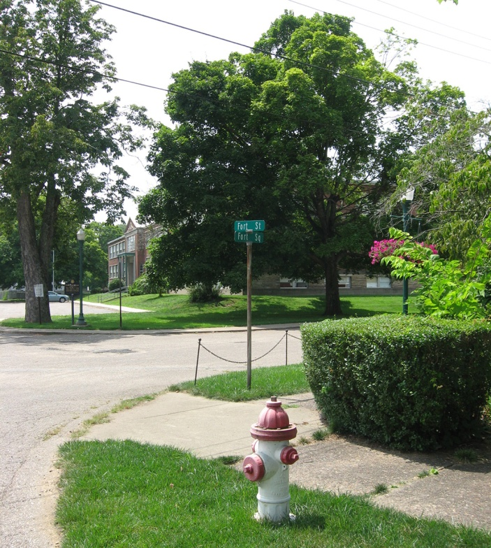 intersection of Fort Street and Fort Square