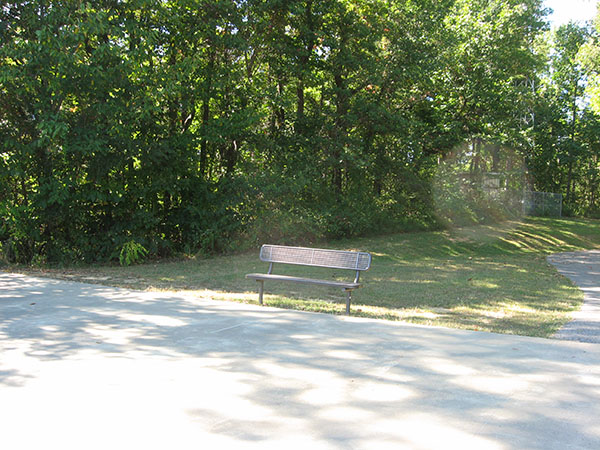150922_IN Perry Cannelton Eagles Bluff Park Welcome Center Overlook bench 600 8 high