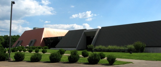 interpretive center in shape of mounds