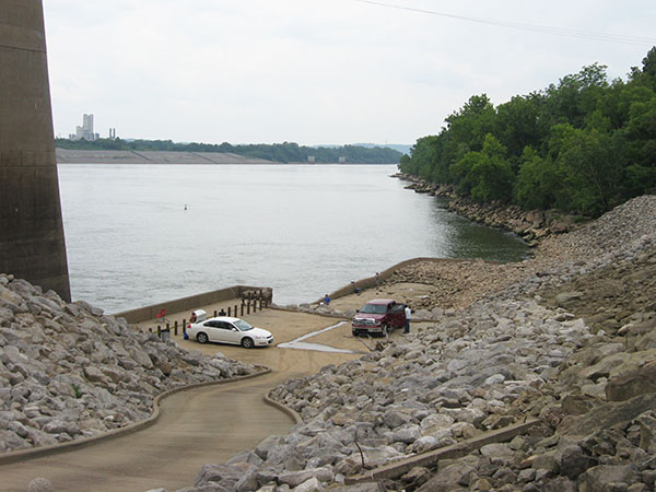 279 OH Gallia Eureka Byrd abutment fishing 600 8 high